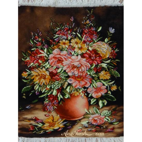 تابلوفرش گل و گلدان صورتی