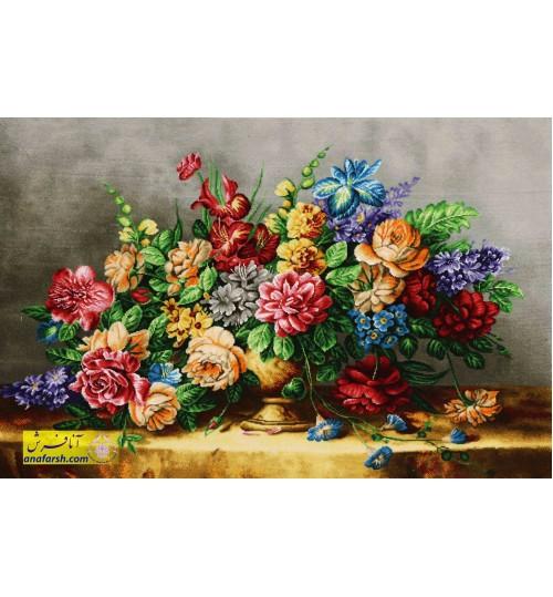 تابلوفرش گل و گلدان طلایی