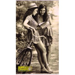تابلو فرش دختر دوچرخه سوار کد 11252