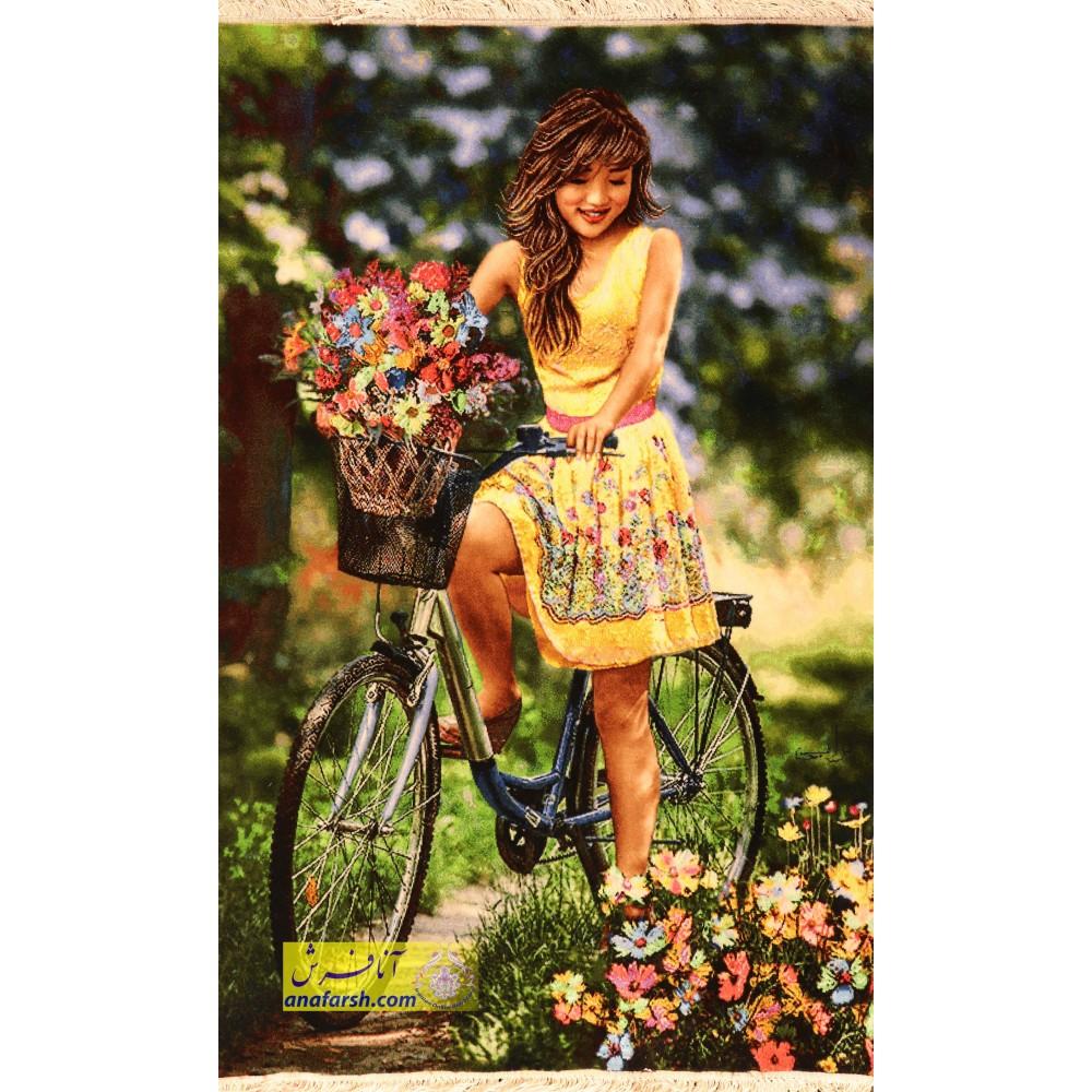 تابلو فرش دختر دوچرخه سوار