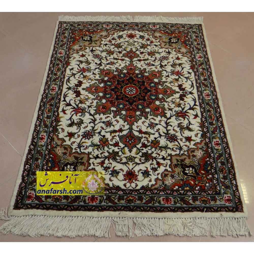 فرش ذرع و نیم نقشه اصفهان